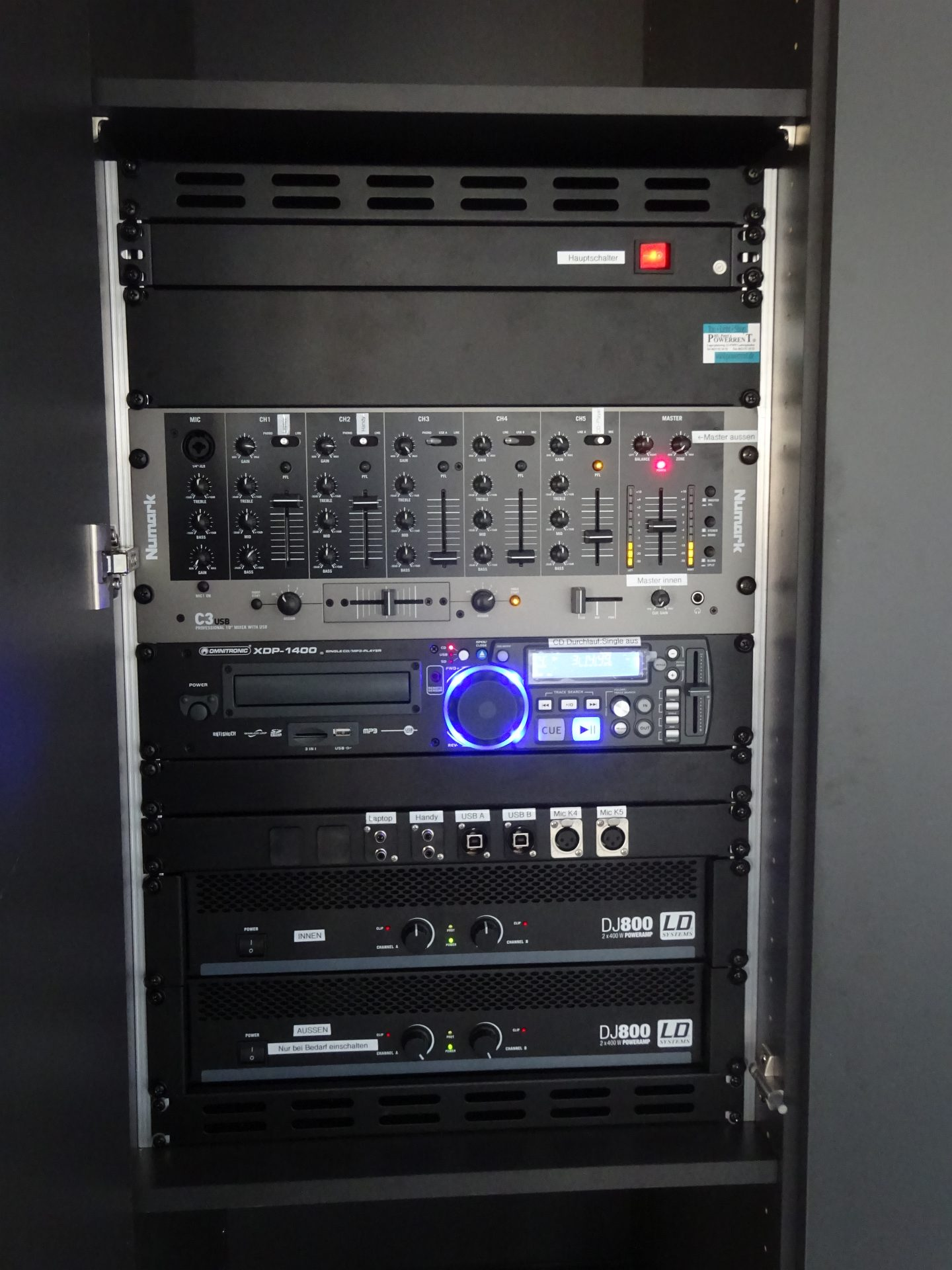 Audio Rack Hintergrundbeschallung Loungebar