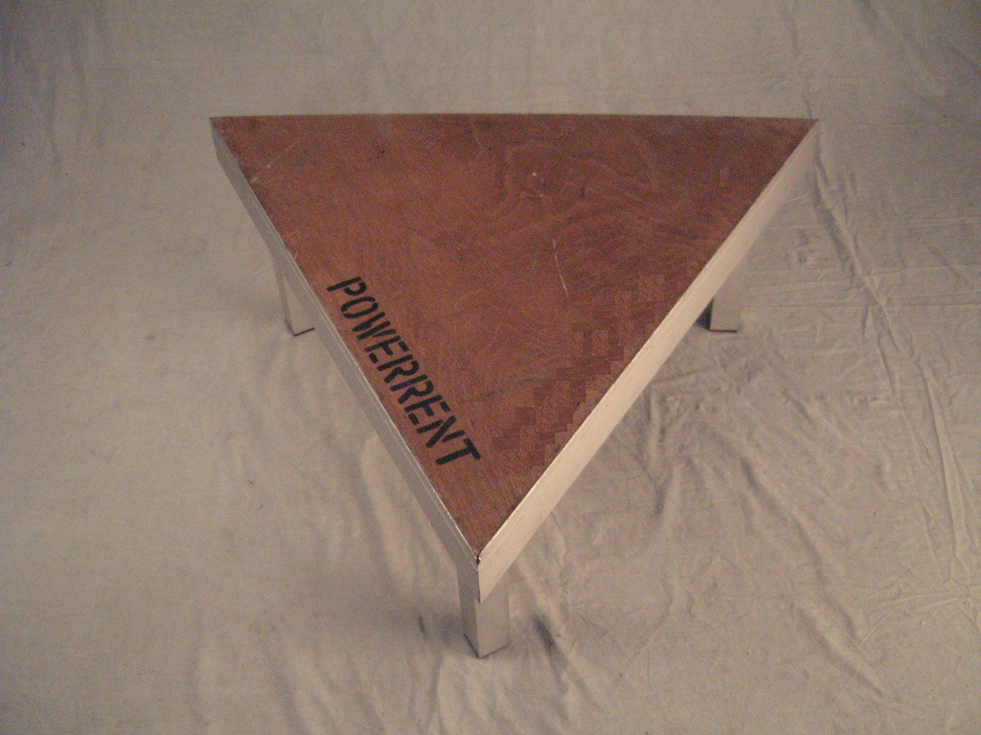 Dreieck Buehnenelement 1m x1m x1mm x 1m 1m x1m x1m