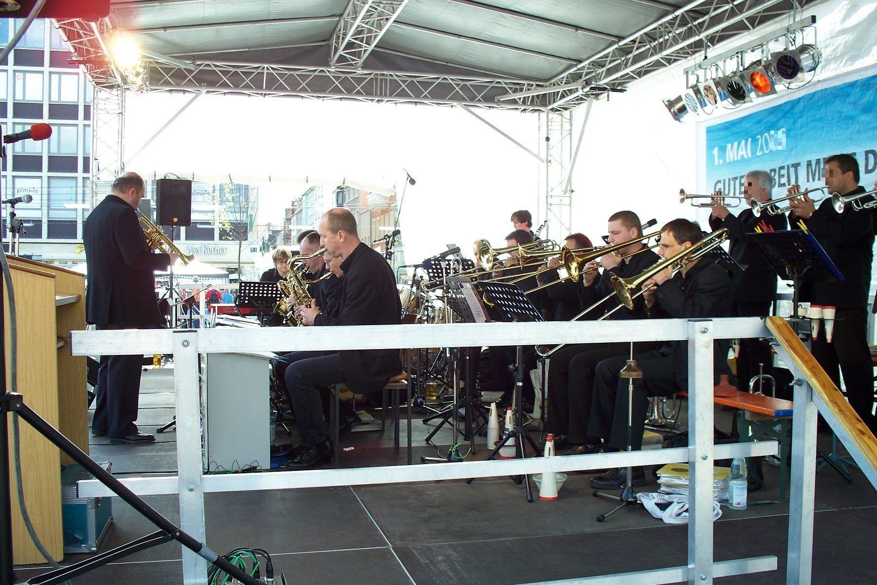 Buehne 10m x 6m Blasorchester