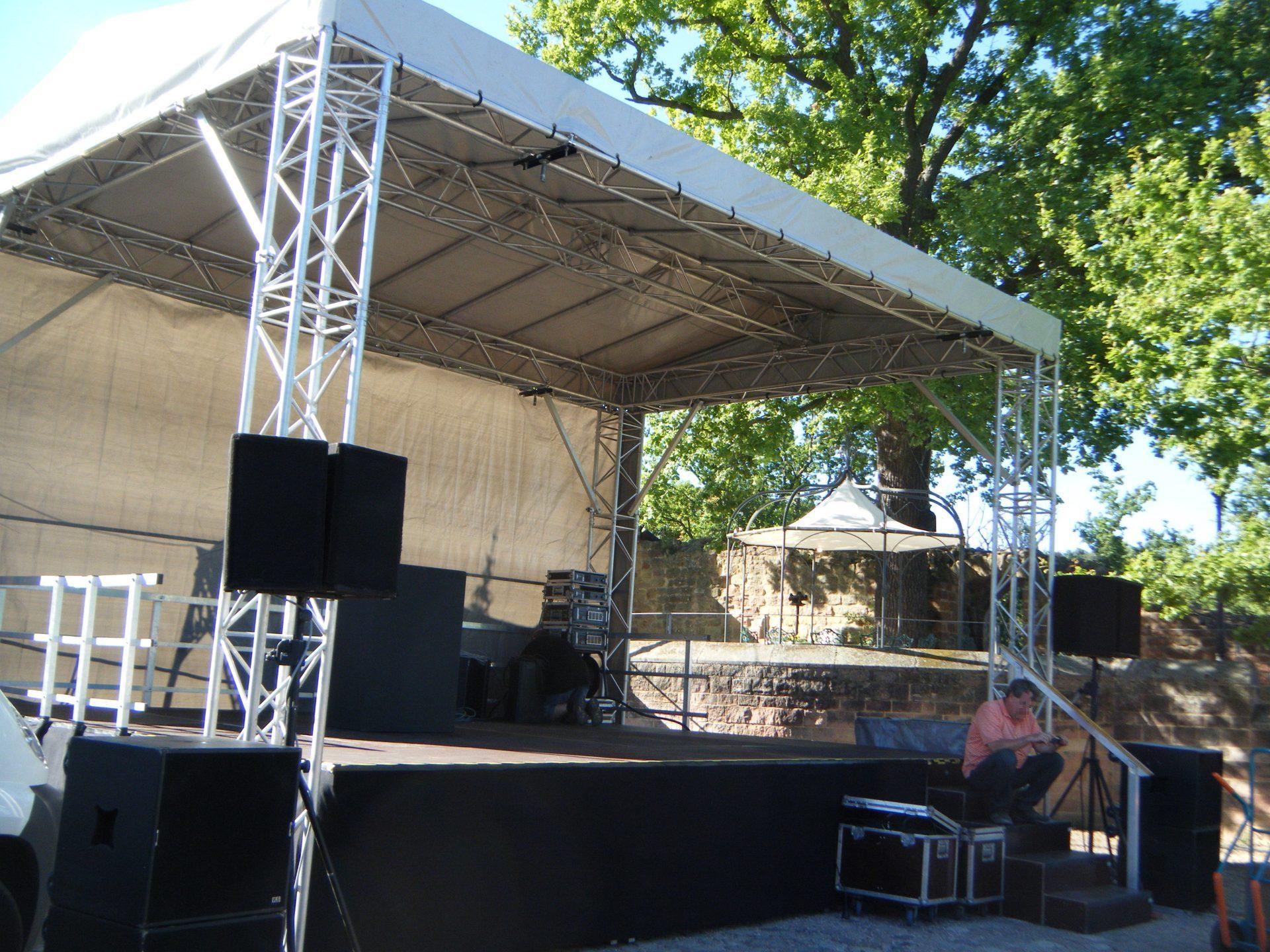 Bühne 7x5m