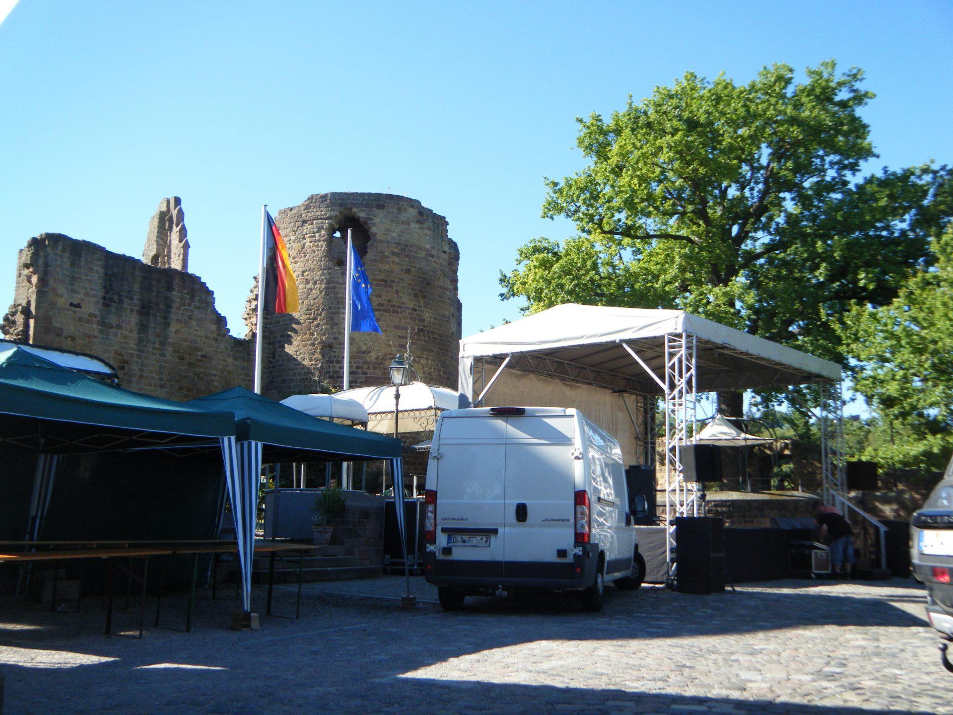 Bühne 7m x 5m Altleiningen