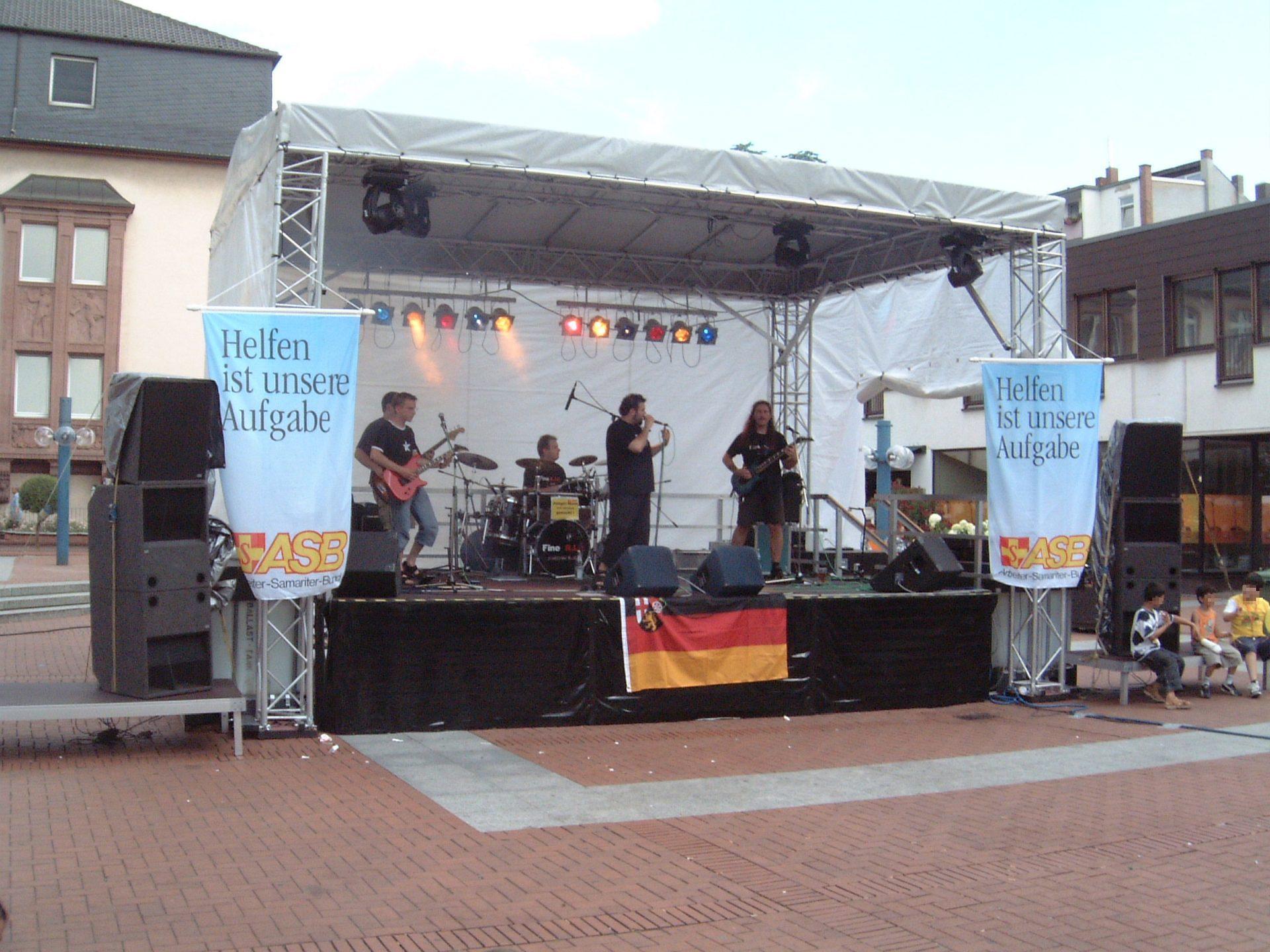 Bühne 7m x 5 m Stadfest