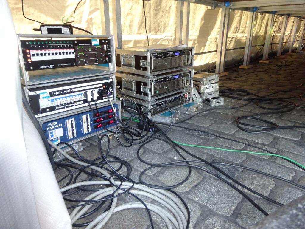 Dimmer Amps 1.Mai unter Bühne