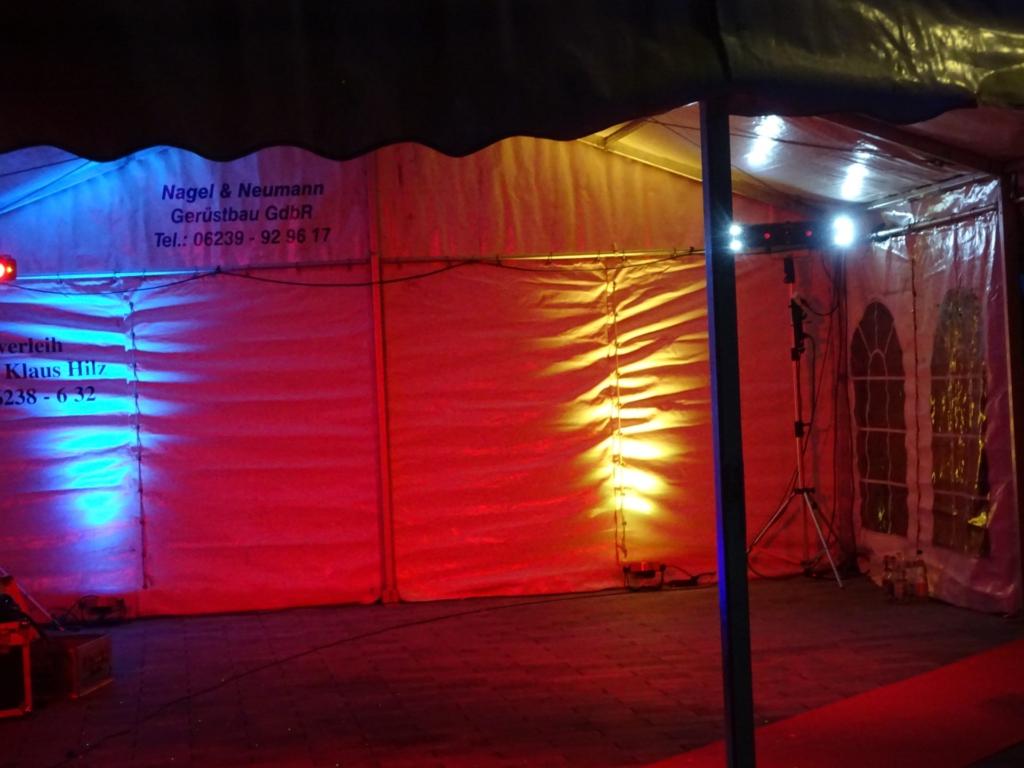 Gartenfest Zeltbeleuchtung Tripar