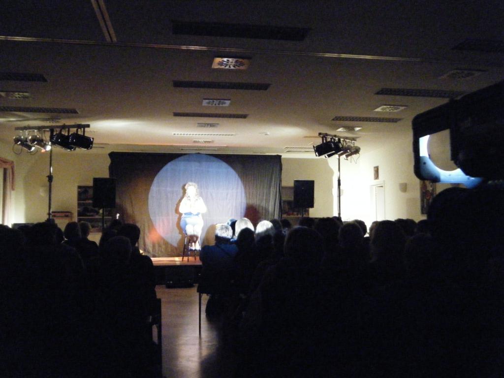 Live Kabarett Frontlicht, Verfolger, Audio