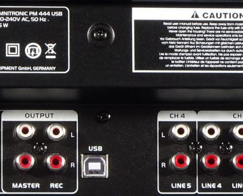 Omnitronic PM444 USB Buchsen