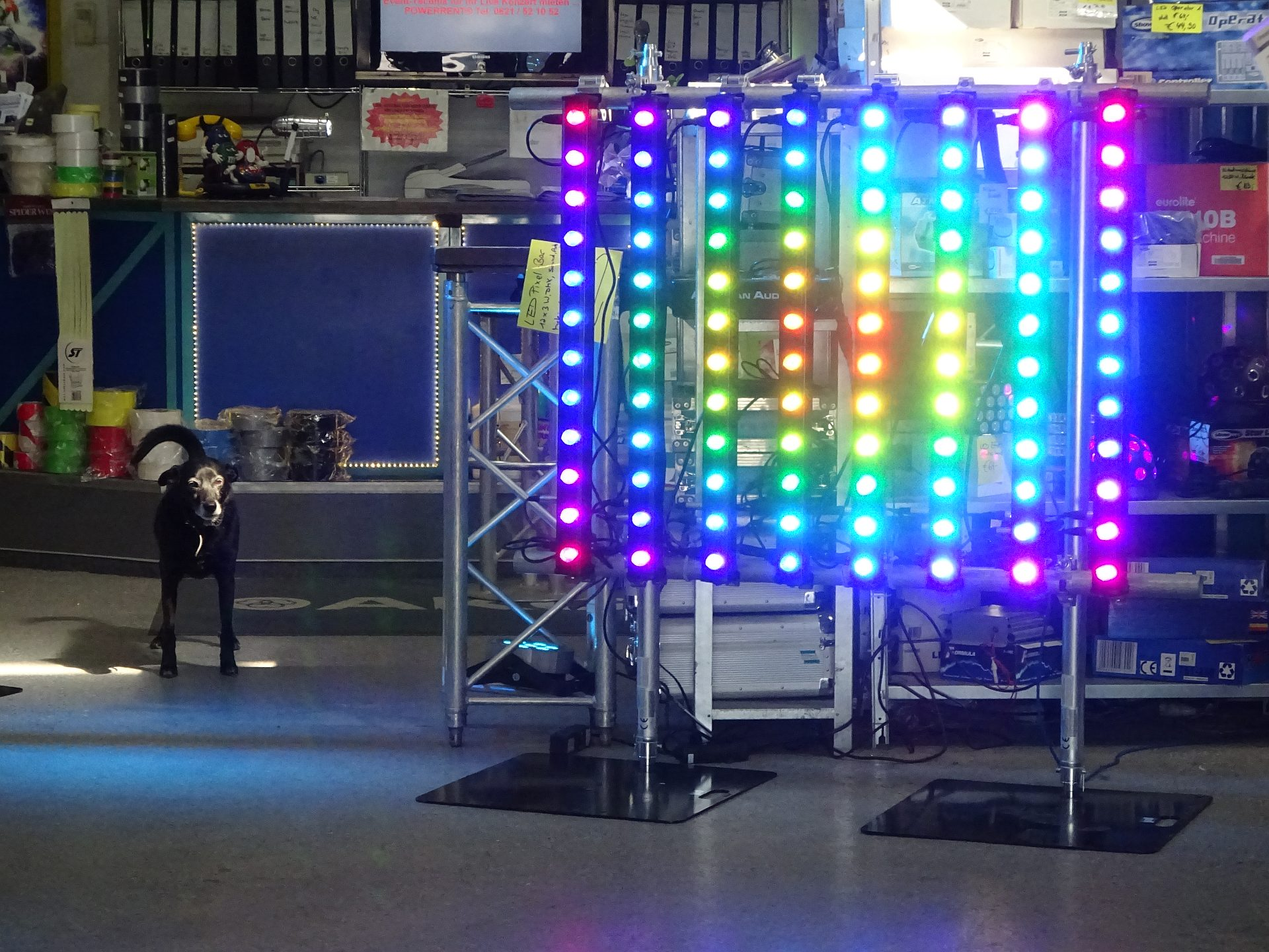LED Pixelbar Matrix mit Legs