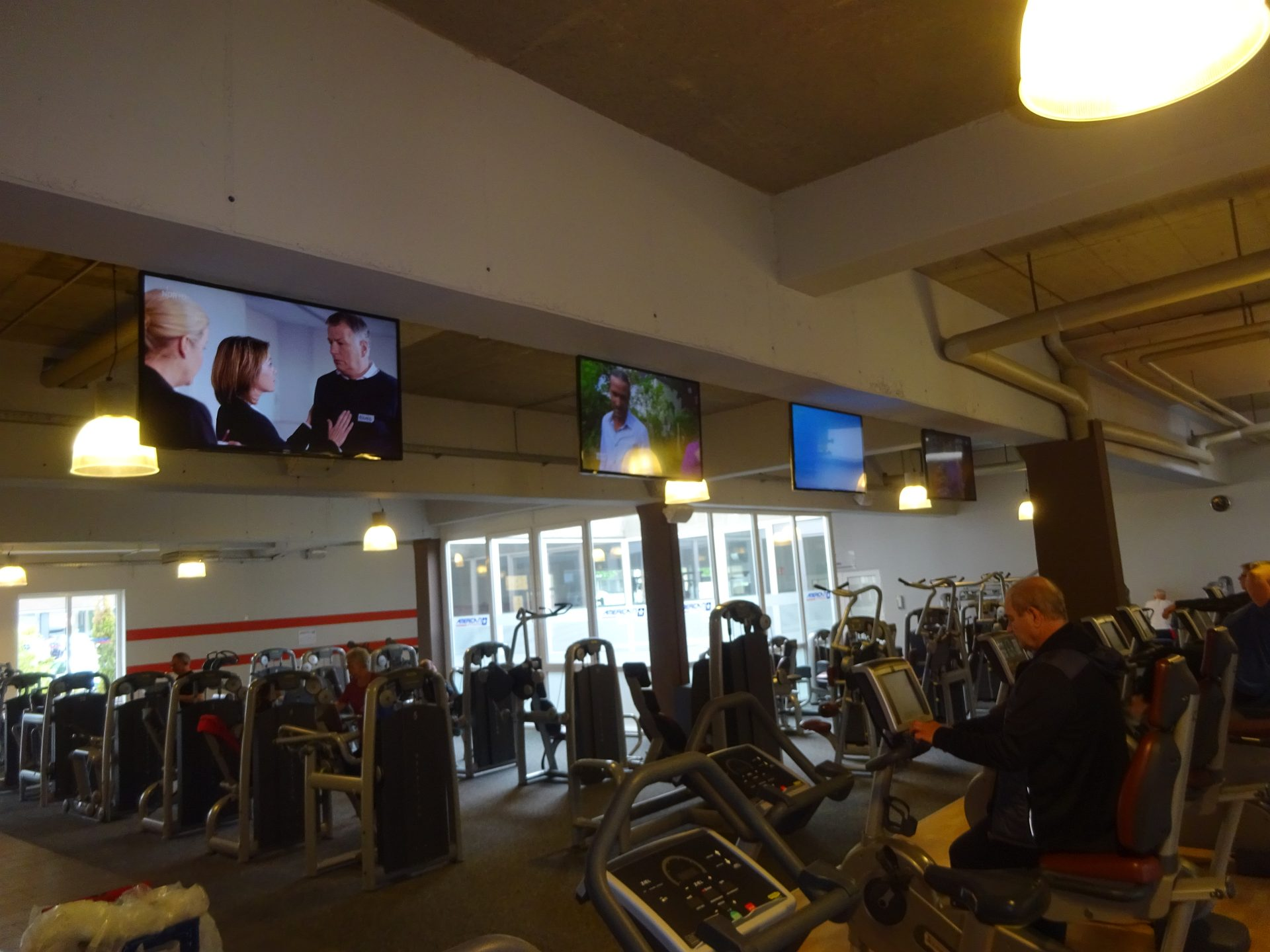 TV Installation Fitnesstudio
