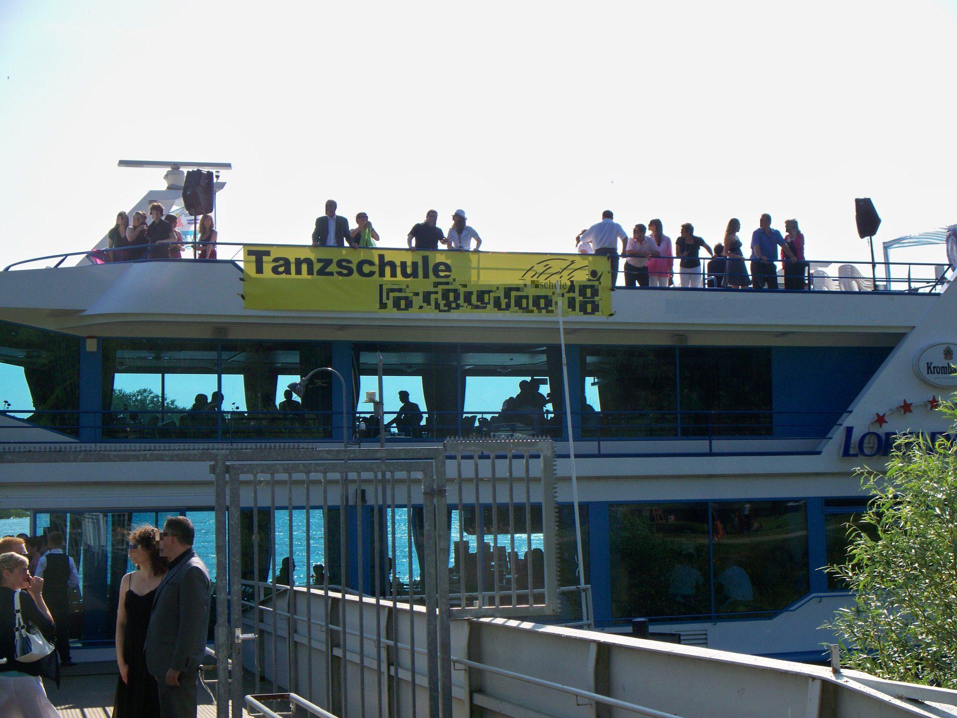 Tanzschulball auf Schiff