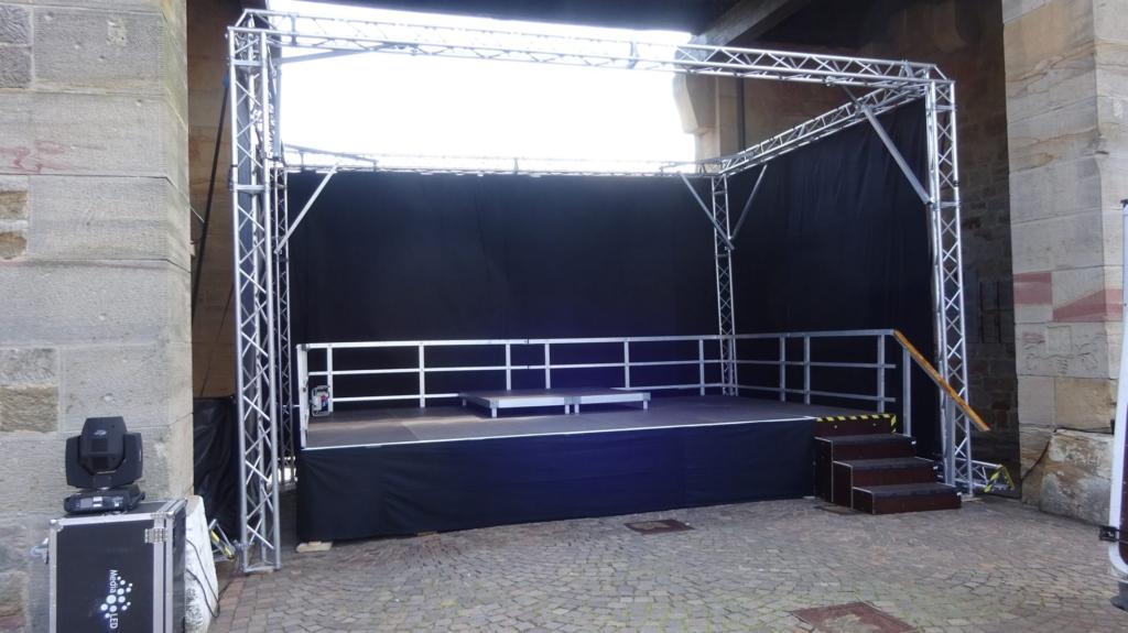Pfälzer Weintor Bühne 6m x 4m