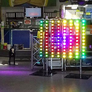 Showtec Pixelbar Lightbar mit Legs