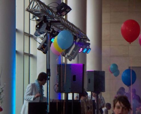 Abschlussball DJ, Truss, Licht, Tonanlage