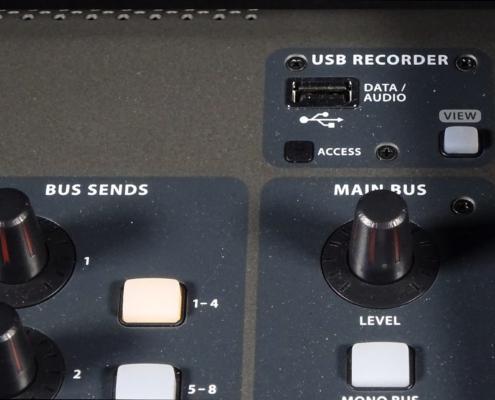 Behringer X32 Fullsize USB Section