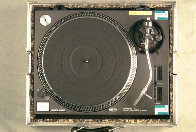 Technics SL1210 Plattenspieler