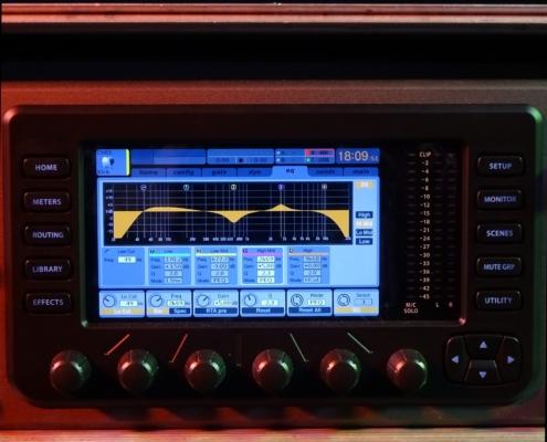 Behringer X32 Rack Screen