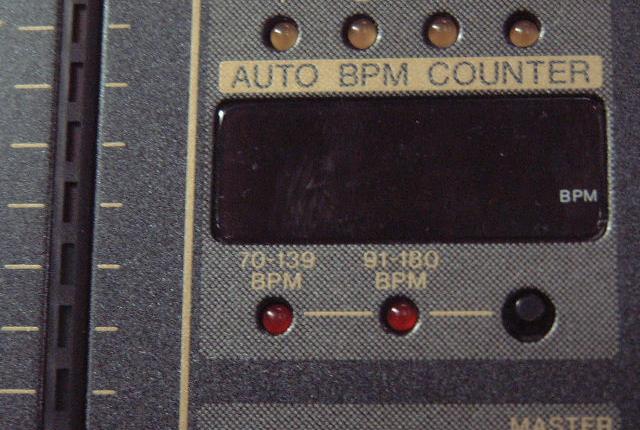 Pioneer DJM600 Beatcounter