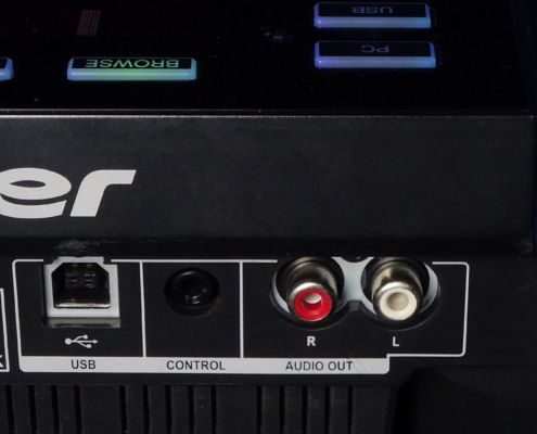Pioneer CDJ850 Buchsen