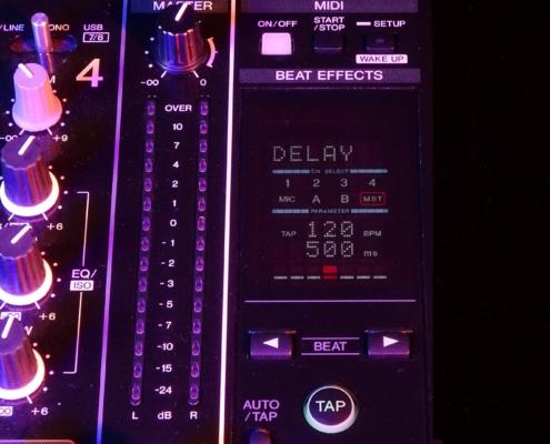 Pioneer DJM850 Beatcounter