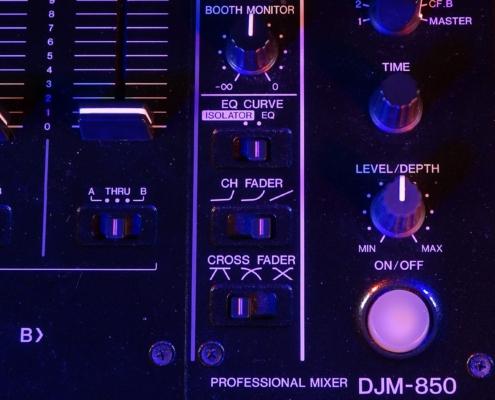 Pioneer DJM850 Crossfade