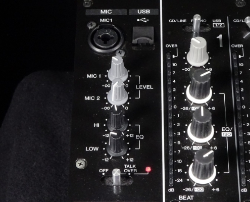 Pioneer DJM850 Mic-Input