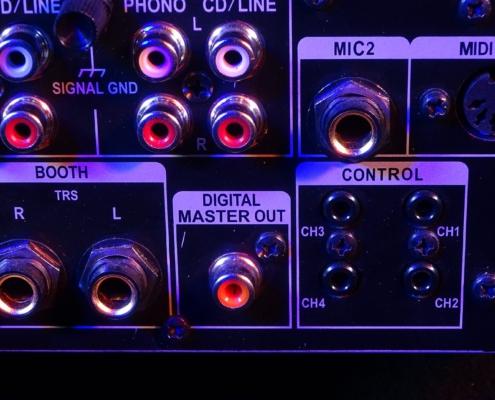 Pioneer DJM850 Digital-Out