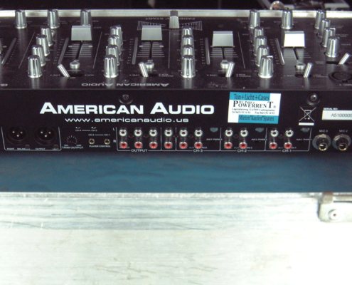 ADJ Q2422 DJ Mixer Buchsen
