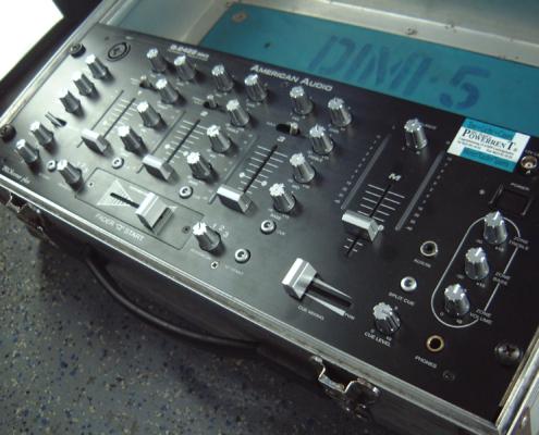 ADJ Q2422 DJ Mixer Top