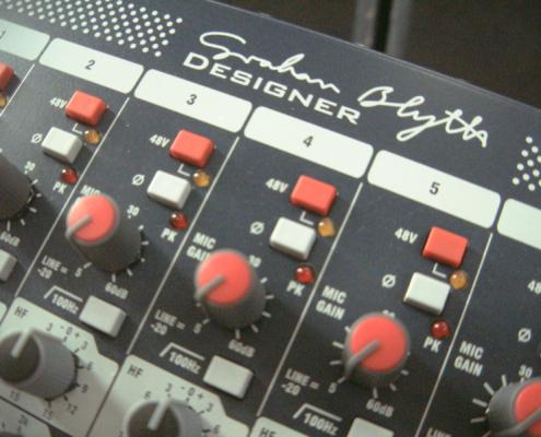 Soundcraft GB4 32 Gain