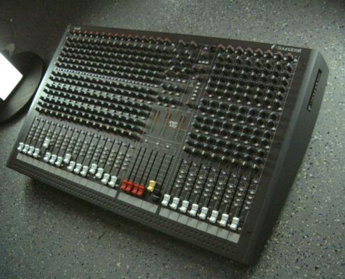 Soundcraft LX7 Top