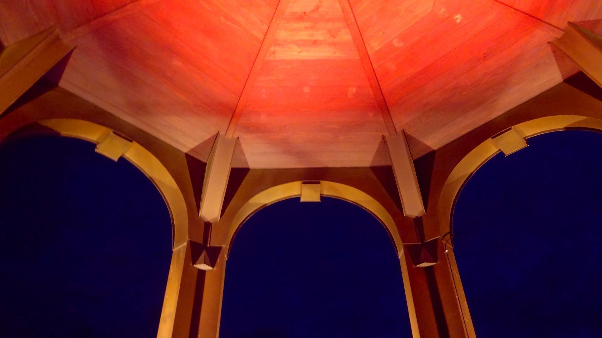 Kirchenlaterne Beleuchtet