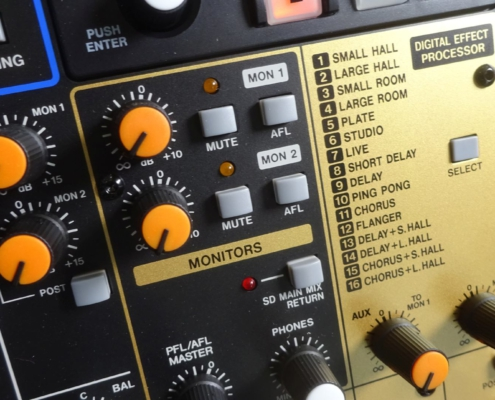 Musiksaal Tonanlage Tascam Model 16 Effektsektion